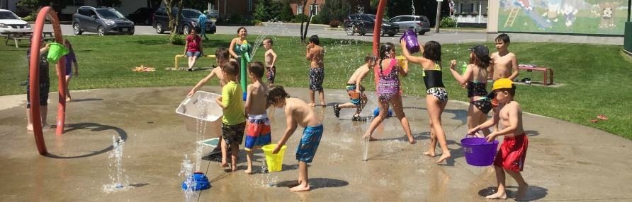 Kids Playing on splash pad
